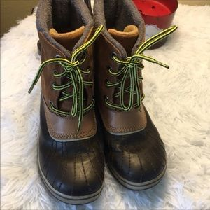 Sorel Winter Boots Size 5 Never Worn